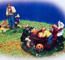 Halloween Preparing for Halloween (Set of 2) Dept.56 56.54982   1999   MIB   Ret