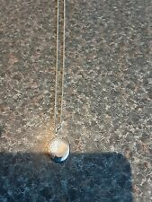 Locket marked Sterling Silver with 18in Fine box Chain