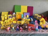PEPPA PIG LEGO DUPLO BUNDLE ASSORTED Bricks,  Base Plates  COLOURS  9 Figures