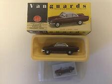 Vanguards VA 34002 Ford Capri 109E Imperial Maroon/White 1:43