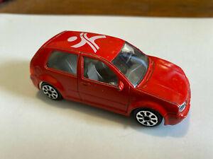 Burago Volkswagen Golf 1993 diecast car 1/43 red