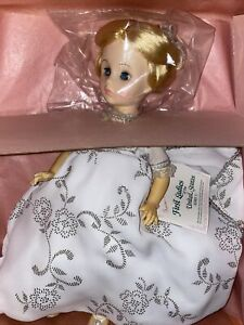 Madame Alexander First Lady Doll Series V Helen Taft # 1428 w box & tag