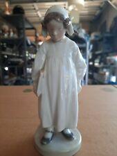 "Porcelain figurine ""Girl with book"". Denmark, Copenhagen, Royal Copenhagen #922"