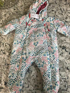 BABY GIRLS M&S ALL IN ONE COAT / SNOWSUIT 0-3 MONTHS / EXTRA STORMWEAR