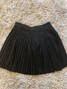 H&M Black Pleated Skirt Size 12