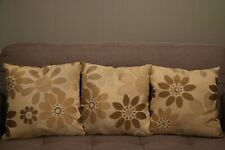 Set of 2 x Ready Filled White Ditsy Floral Sofa Seat Cushion Polyester 40x40cm