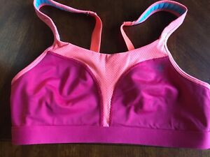 Champion Sports Bra White Size 34C Wirefree Style 1602 Max Support Mesh Panels