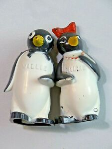 Vintage Willie and Millie Penguin Salt and Pepper Shakers Plastic c1950's F&F
