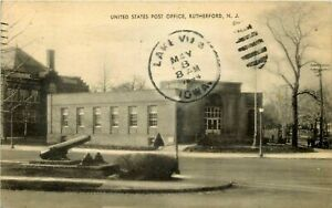 NEW JERSEY PHOTO POSTCARD: STREET SCENE OF POST OFFICE RUTHERFORD, NJ
