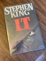 IT by Stephen King (1986), First Edition Hardcover/First Printing, Viking Press