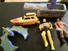 Diverse ältere Action Figuren lots Sammler 1990er Vintage Toy Boot Racing Team