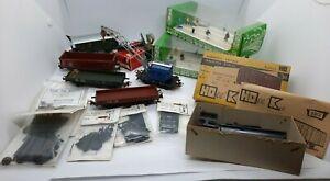 TRAIN HO - Lot d'accessoires, maquettes diverses  + qq wagons Marklin occasion