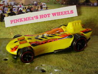 2015 DINO RIDERS Exclusive POWER BOMB✰Yellow;red rim oh5✰LOOSE Hot Wheels