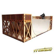 TTCombat - DCS075 - Half Pipe, skateboard skater, great for Batman