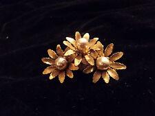 MIRIAM HASKELL   Baroque Pearls scarff  Clip