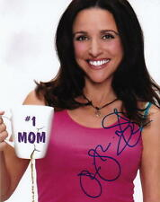 JULIA LOUIS-DREYFUS.. The New Adventures Of Old Christine - SIGNED