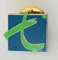 Letter T Lapel Pin Badge Brooch Vintage (C14)