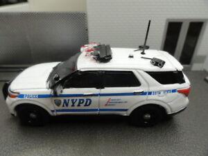 GREENLIGHT POLICE FORD EXPLORER 2021 NYPD PLATE READER CUSTOM UNIT