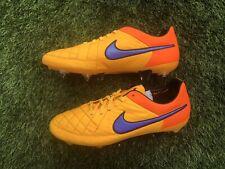 BNIB Nike Tiempo Legend V SG Pro Football Boots. Size 9 UK.