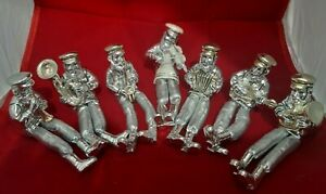 Silvered Polyresin figurines playing A Hasidic figurine plays, With Cloth S