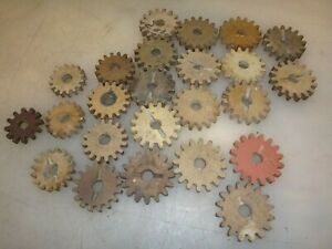 SPEEDOMETER FIBER PINION GEAR LOT for FORD MODEL T ?  NEW OLD STOCK ?