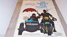 UNE JOURNEE BIEN REMPLIE  !  trintignant affiche cinema moto side car 1973