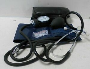 Aneroid Sphygmomanometer in Small Case not tested E13
