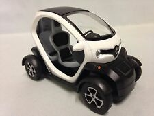 Renault Twizy, 1:18 scale Diecast Car, Pull Back Action, By Kinsfun Toys, White