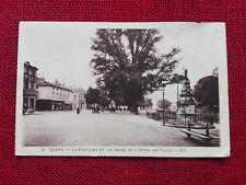 Blaye - La Fontaine et le Cours de l'Hôtel de Ville - 33 - Gironde
