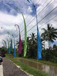 Balifahne Fahne Fahnen 3 m und 5 m Windspiel viele Farben Umbul Bali mit Herz
