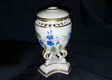 19ème Siècle Petit Porcelaine Brûleur de Pastilles Rose Poudré Ivoire et