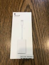 GENUINE Apple USB-C to SD Card Reader - MUFG2AM/A  Open Box