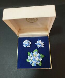 VINTAGE ROYAL ADDERLEY JEWELLERY SET - BROOCH & CLIP ON EARRINGS - BLUE with BOX