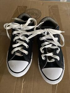 Preowned Boys Converse All Star Black Size 2 Sneakers