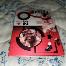 MICHAEL JORDAN RARE GAME USED JERSEY 3D REFRACTOR BACK BASKETBALL CARD # TO /23
