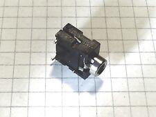 Embase Jack femelle châssis stéréo 3.5mm 2 pièces