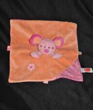 Peluche doudou souris plat CORA INFLUX carré rose 2 tons orange fleurs  TTBE