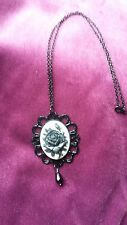 STEAMPUNK GOTHIC BLACK/ WHITE/ BLACK ROSE CAMEO FACETED CRYSTAL GLASS  NECKLACE