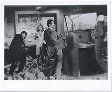 CIN021 Photo vintage Original Cinéma Dean Martin Matt Helm silencer pistolet gun