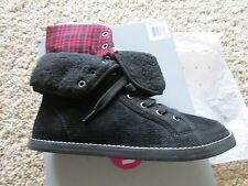 NEW ROCKET DOG UNLEASHED RINA BOOTIES BOOTS SHOES SHOE BOOTS WOMENS 6.5 BLACK