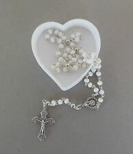 Rosenkranz weisse Perlen, Schatulle Herz weiß Kommunion Mädchen AR 126 -5
