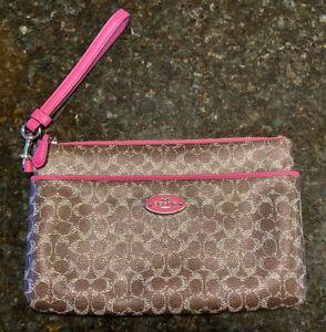 Coach Wristlet New Pink & Brown w/ Side zipper