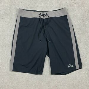 Quicksilver Cypher Men's Swim Trunks Size 33 Shorts Polyester Embroidered