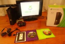 xbox 360 4GB w/ Headset, 2 controllers, Kinect, & software in great condition