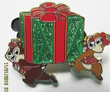Disney  HKDL Magic Access Exclusive Christmas LE 300 Chip & Dale Pin