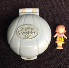 Polly Pocket Mini 💚 1991 - Polly Pocket Lulu in her Seaside Locket - Bluebird
