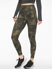 Athleta Run Free Camo 7/8 Tight, Arbor Olive SIZE S                #353647 N0928