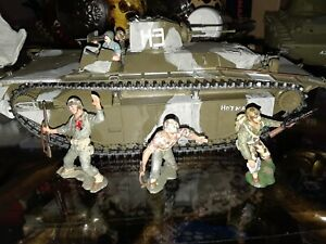 WW2 LVT-A1 54mm plastic with figures
