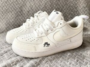 NIKE AIR FORCE 1 LV8 UTILITY WHITE ADULT UK SIZE 7