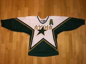 MIKE MODANO DALLAS STARS CCM Large ORIGINAL 1999 Medium NHL P104